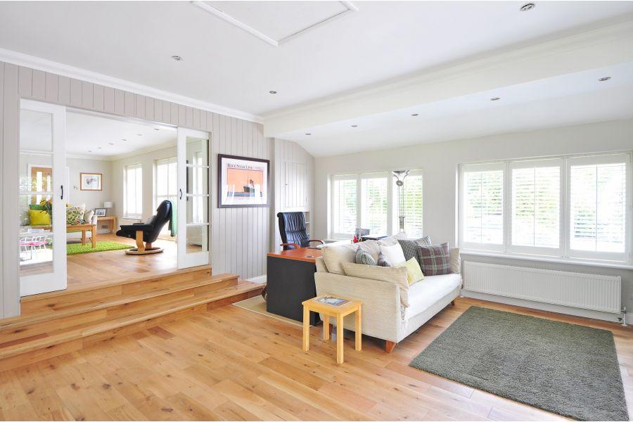 Engineered Oak Brushed UV Oiled Oak Wood Flooring - 20mm x 6mm X 190mm
