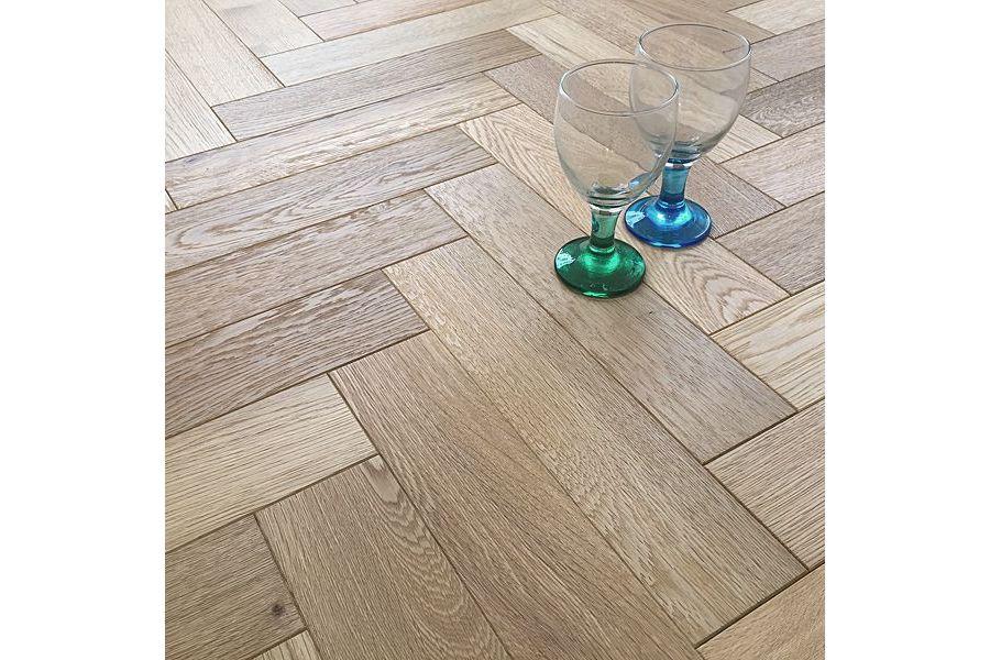 Engineered Oak Brushed UV Oiled Parquet Flooring - 18mm x 4mm x 90mm
